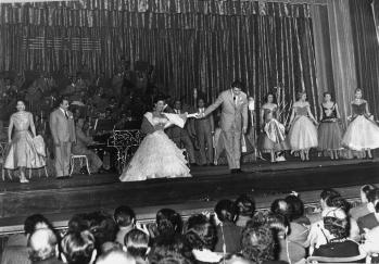 Teatro Nuovo, Milán, 1955.